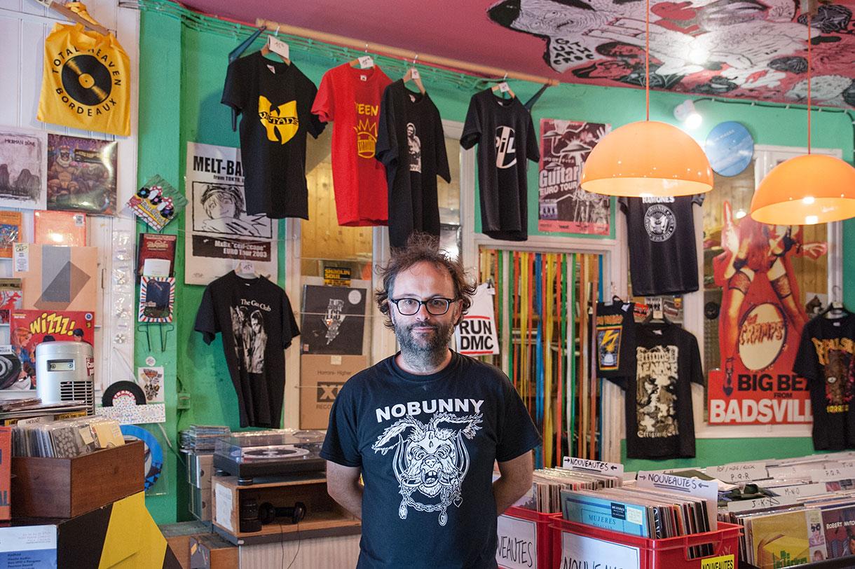 Martial Jésus, Disquaire et DJ à Bordeaux.