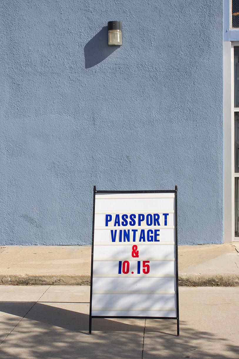 Maria Oliveira </br>&#038; Ryan Lerma, Collectionneur et Créateur à Austin. Photo de Gary Lafitte pour 10point15.