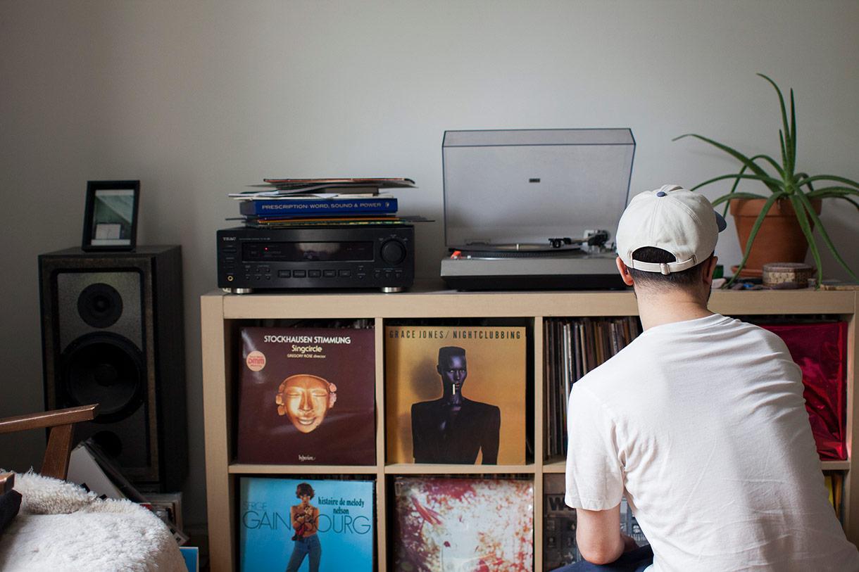 Olivier Borzeix, Compositeur, DJ et Musicien à Montréal.