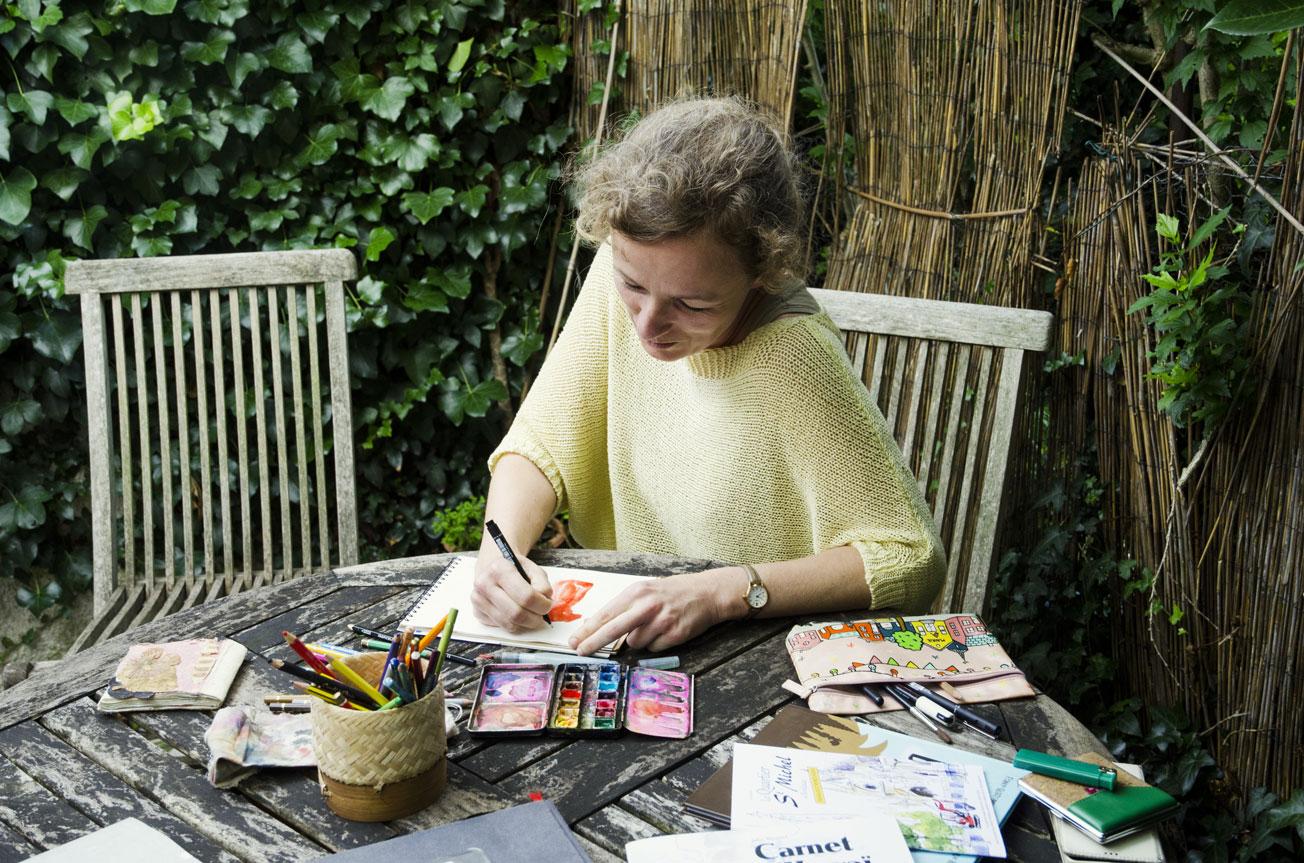 Julie Blaquié, Carnettiste et Dessinatrice à Bordeaux.